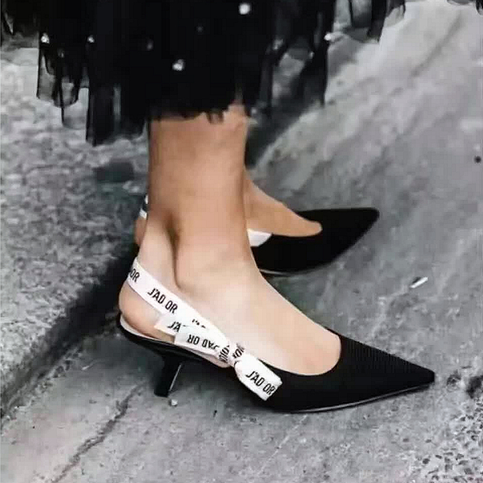ФОТО 2017 Newest Bow Letter Bandage High Heel Shoes Women Runway Pointed Toe Black Pumps Fashioni Flat Shoes Woman Gladiaor Sandals