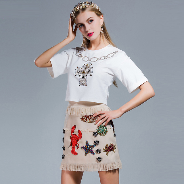 2017 High Quality Elegant 2 Pieces Women Set Diamond Withe Short T-shirt + Patching Embroidery Tasse Mini Skirt Female Set