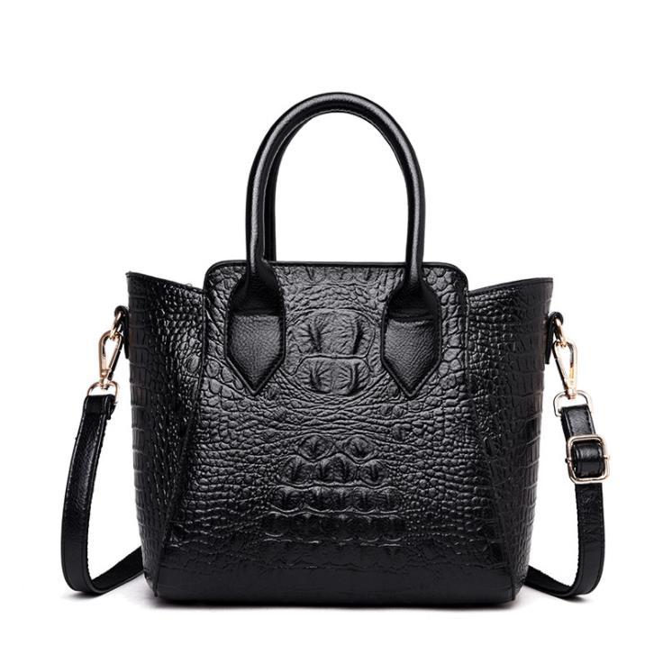 To buy 2019 new European and American fashion crocodile grain ladies handbags Selling high quality single