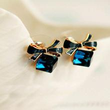 FAMSHIN Blue Kiss The Fashion 2015 Chic Shimmer Gold Bow Cubic Crystal Earrings Gold-Tone GP Rhinestone Stud Earrings For Women(China)