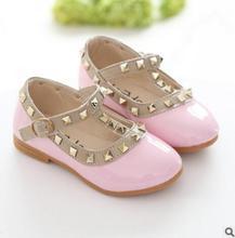2018 Crianças Sapatos Casuais Sapatos de Couro Crianças Sandálias Da Moda Coreano Venda Sneakers Moda Calçados Esportivos Da Marca Sapatos De Couro Crianças