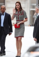 Princess Kate Wool Dress Spring Autumn 2017 Designer Women Tweed Elegant Bodycon Houndstooth Midi Pearl Button