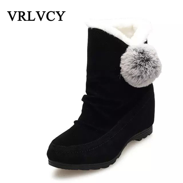 a952fb43a966fb 2018-autumn-and-winter-new-women-s-cotton-boots -flat-bottom-ball-decoration-warm-boots-round.jpg 640x640.jpg