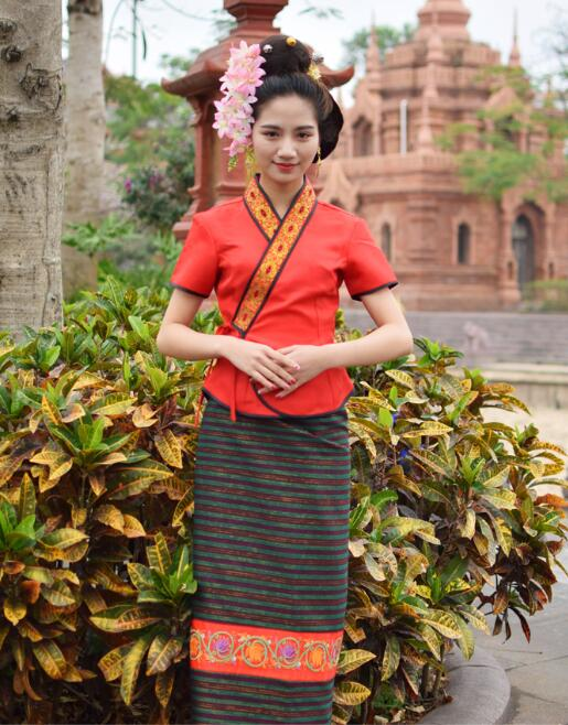 Asian Thai Laos Vietnam Dai Nation Folk dance Traditional dress blue Queen single shoulder Ancient Thailand style Red Outfit 1