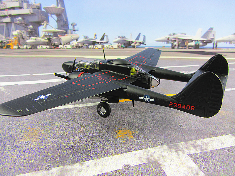 P-61B AF1 black widow night fighter model in the Dark Lady Okinawa 1:72 US AirforceP-61B AF1 black widow night fighter model in the Dark Lady Okinawa 1:72 US Airforce