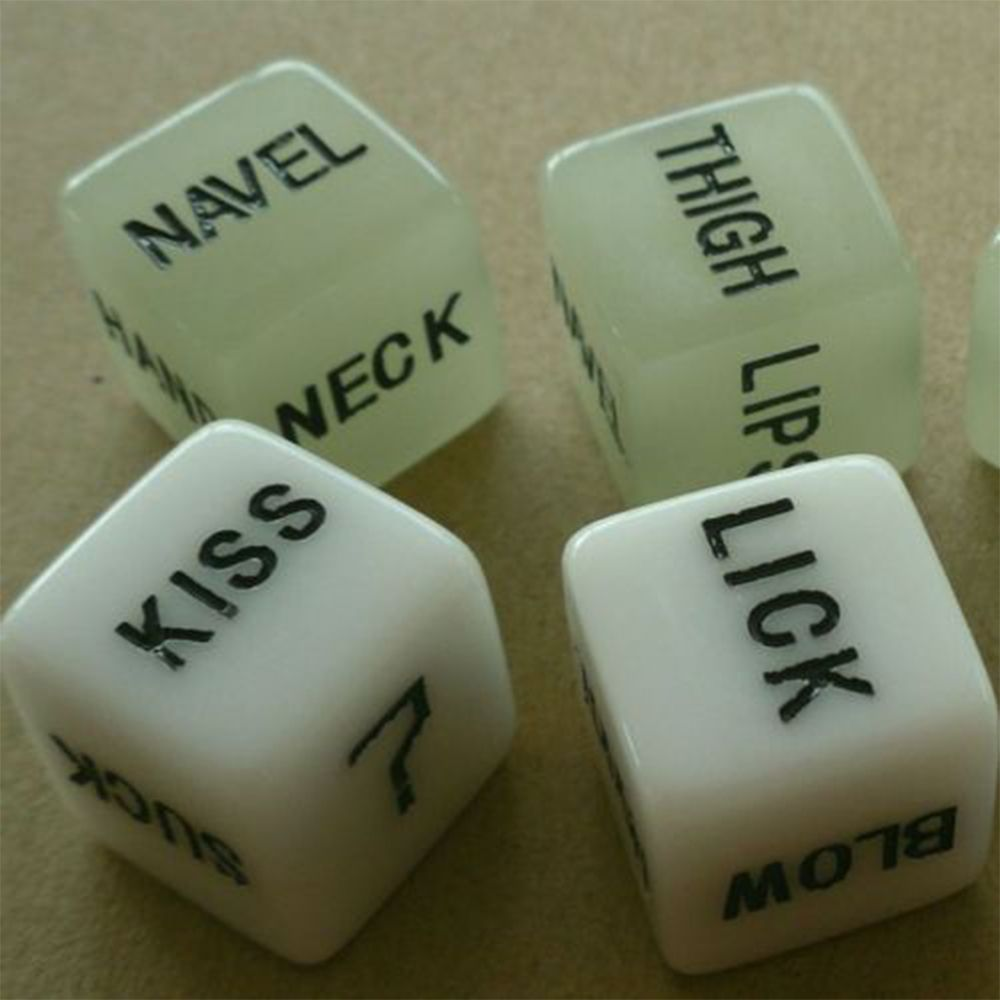 1 Pairs Adult Dice Game Glow In The Dark Luminous Lover Couple Party Funny Noctilucent Dice Games