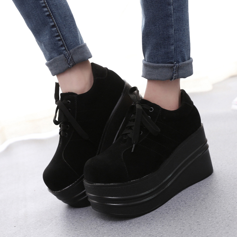 f48487dbf37 2018 New Autumn Oxfords Shoes Women Japanese Round Head Suede Platform Shoes  Casual Flats Lace up Black Flat Platform Loafers-in Women s Flats from Shoes  on ...