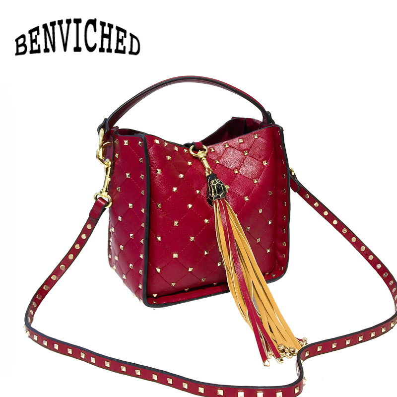 BENVICHED 2018 New Vintage Rivet Tassel Women Shoulder Bags Handbags Big Fashion Rivet Leather Bucket Bags bolsa feminina L093 2018 new fashion top handle bags women cowhide genuine leather handbags casual bucket bags women bags rivet shoulder bags 836