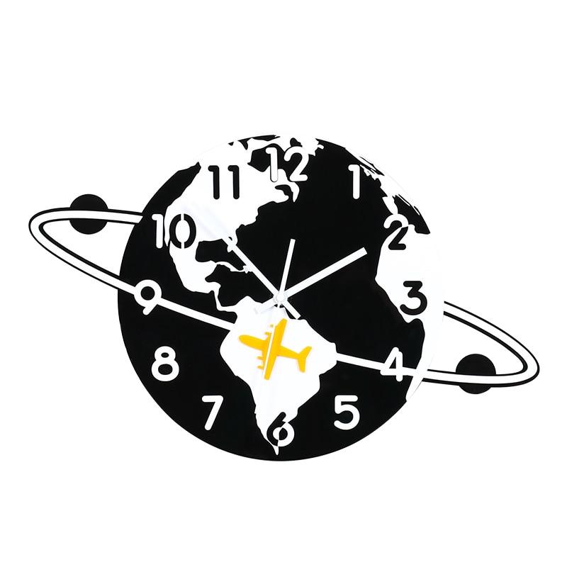 Horloge murale créative de bande dessinée horloge suspendue silencieuse avec des autocollants muraux Design moderne décor à la maison