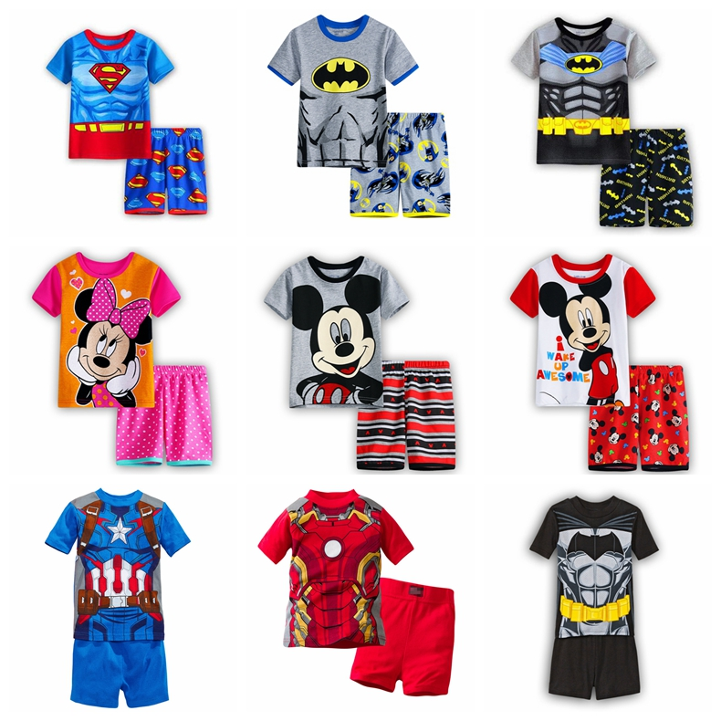 2017 Estate Pigiami Per Bambini Manica Corta Pantaloni Pigiama Batman Tuta Spiderman Batman Vestiti Dei Pigiami Degli Indumenti Da Notte