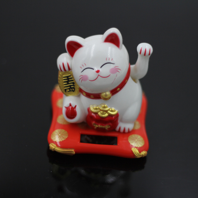 Fashion New Black/White Solar Powered Maneki Neko Welcoming Fortune Cat Lucky For Home Car Hotel Restaurant Decor Craft 3