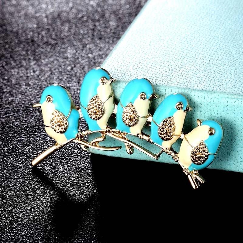 Vintage women\u2019s pins