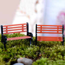 Hot 10Pcs/Set Park Benches Miniature Plastic Crafts Fairy Garden Miniatures Accessories For Doll House Courtyard Decoration