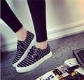 Возраст сезон темно-парус ткань черные туфли женский большая база губка классический полосой один низкий помощь студенты ткань обувь повседневная обувь