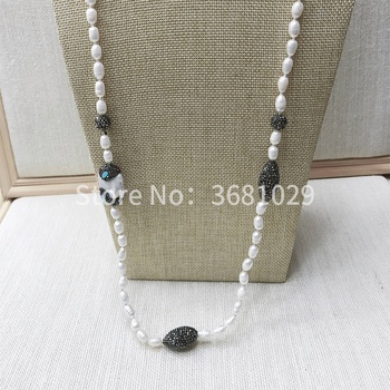 2018 new pearl necklace with simple temperament, personality accessories and fashion accessories
