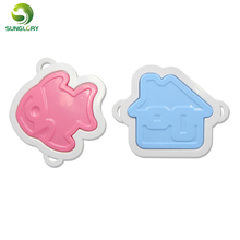 4PCS Kitchen Plastic Cookie Cutter Fish House Shaped Bread Plunger Cutter DIY Creative Breakfast Sandwich Mold Cooking Tools kitchen plastic pineapple style bread mold coffee