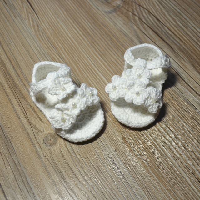 Qyflyxue free shipping crochet baby shoes baby girl white flowers qyflyxue free shipping crochet baby shoes baby girl white flowers flip flops baby mightylinksfo
