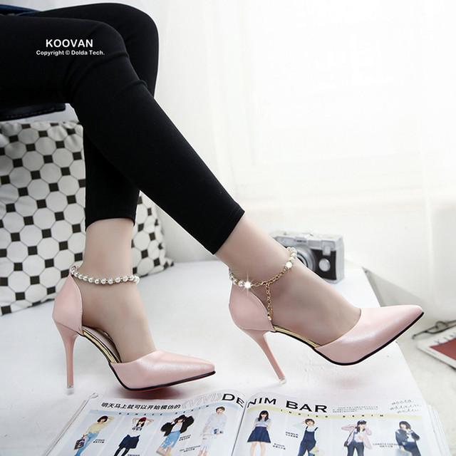 Koovan mulheres bombas 2017 primavera apontou alta-salto alto pérolas rosa selvagem discotecas sapatos de fivela sandálias das mulheres das senhoras verão