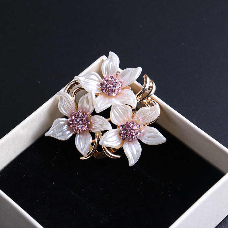 LNRRABC Women Brooches Hat Accessories Scarf Clip Lady Crystal Rhinestones Alloy Flower Clothes Pins Brooches Fashion Jewelry