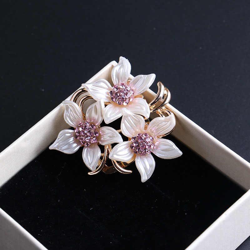 LNRRABC femmes broches chapeau accessoires écharpe pince dame cristal strass alliage fleur vêtements broches broches bijoux de mode