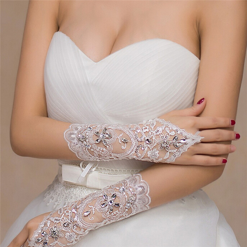 1Pair New White Ivory Lady Women Gloves Rhinestone Short Fingerless Lace Gloves Accessories