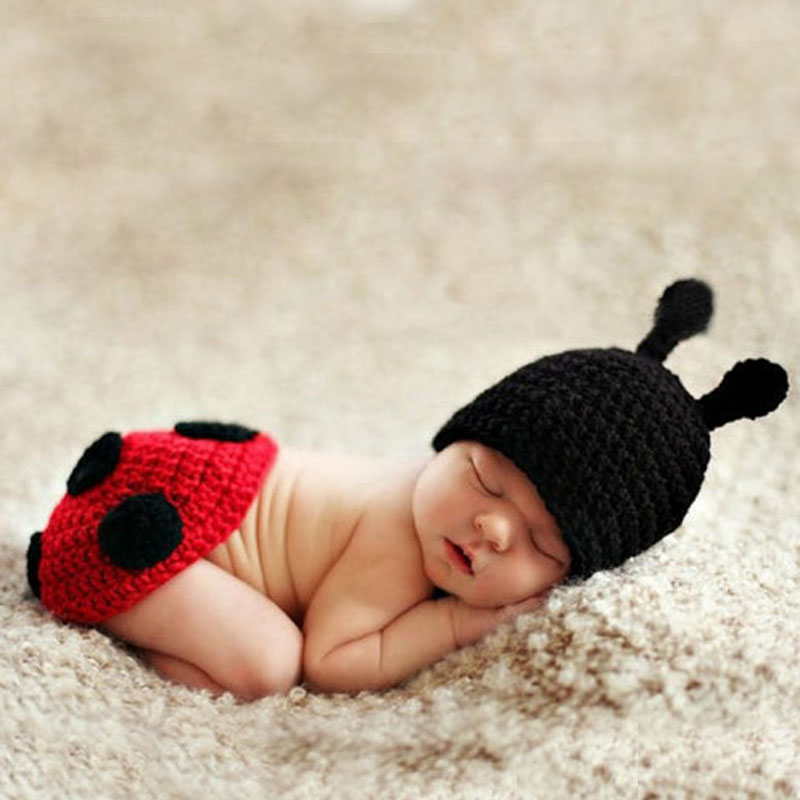 Red & Black Ladybug Newborn Baby Animal Photography Props Costume Set Handmade Crochet Knitted Hat with Cape Outfit