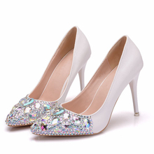 купить Women Shoes Dress Heels White Matte Rhinestone Crystal Wedding Thin High Heels Princess Pointed Toe Bride Shoes XY-A0199 дешево