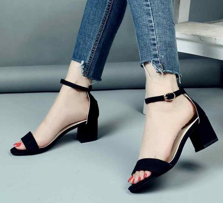 Nuevo verano Mujer gladiador hebilla correa cubierta de tacón moda gruesas señoras sandalias tobillo Correa calzado bombas Zapatos de vestir JL997
