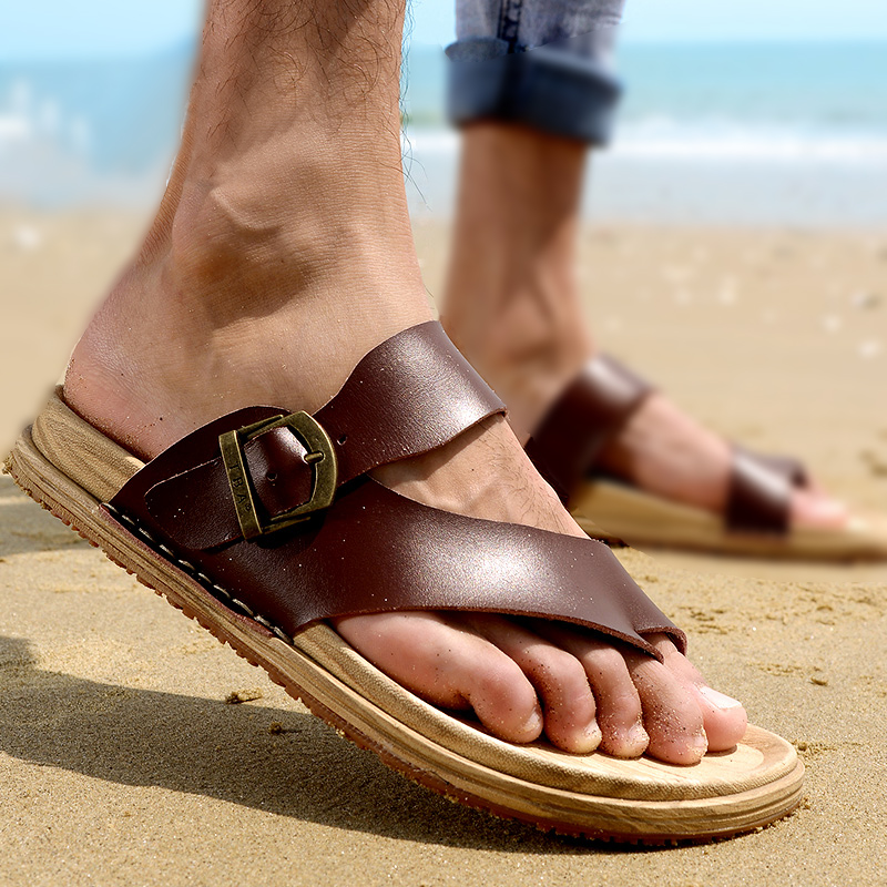 a5f3722a3fb142 New Arrivals 2018 Summer Men Slippers Beach Shoes Breathable Outdoor Male  Flip Flops Platform Brand Breathable Sandals Men F5965-in Flip Flops from  Shoes on ...