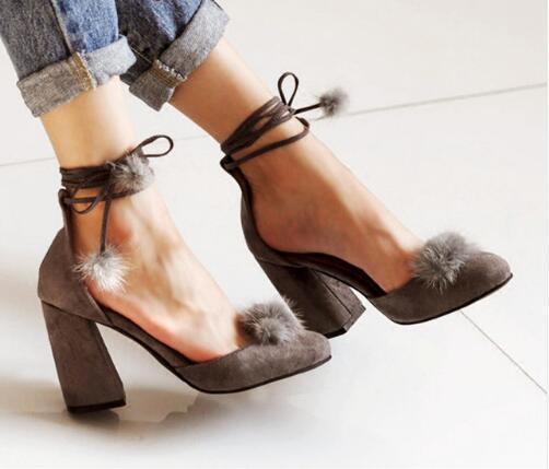 quite nice 9a40e 1bacf US $77.88 41% di SCONTO|Cinturini alla caviglia Scarpe Donna Tacchi  Quadrati Alti Pompe Faux Palla di Pelo Solido Escarpins Suede Scarpe  Eleganti ...