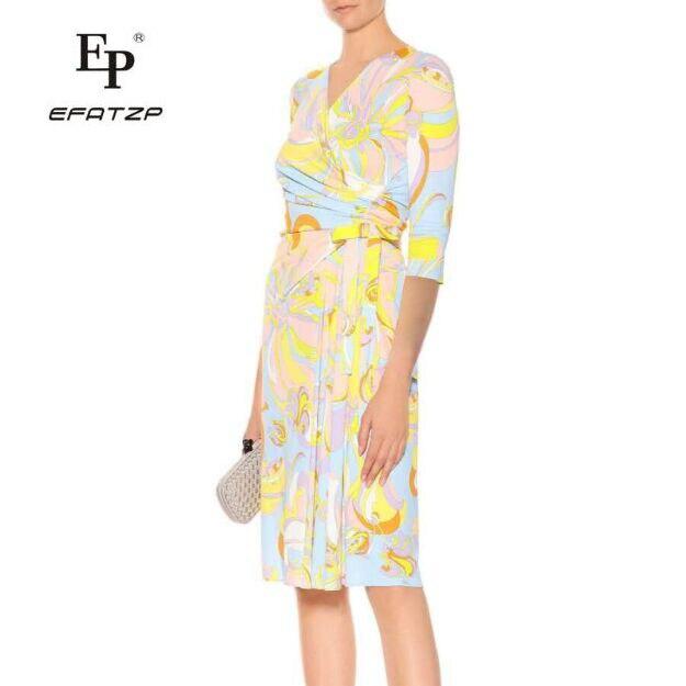Kadın Giyim'ten Elbiseler'de EFATZP kadın Yaz yarım Kollu V Yaka Moda Güzel Eğlence Streç ipek Örme Ince Elbise'da  Grup 1