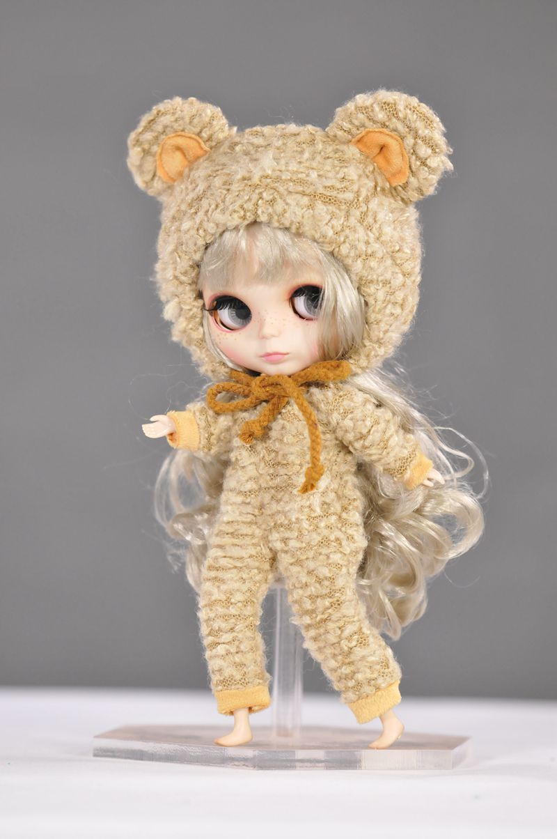 2017 NEW Fashion 1 PCS Cute Bear Suit with Hat Clothes for Blyth Doll 1