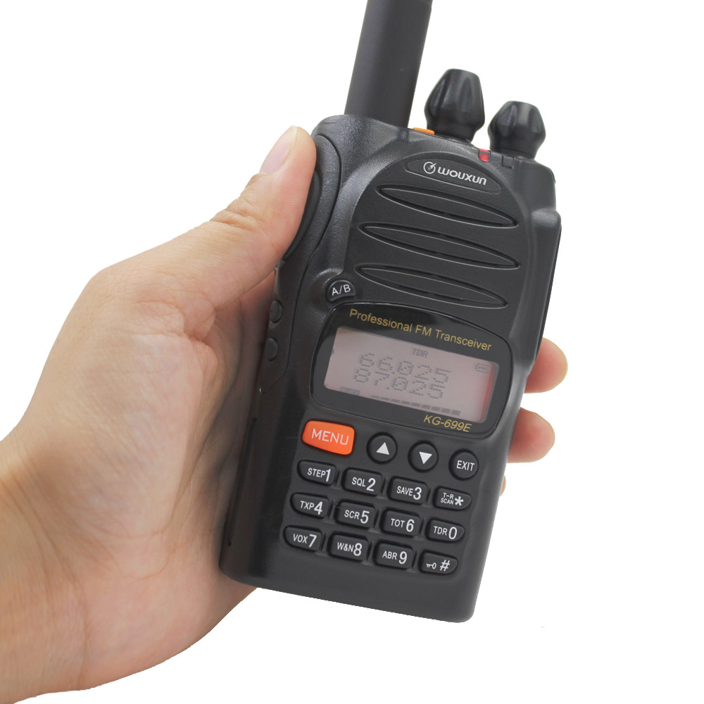Jancore Wouxun KG-699E 66-88MHZ Walkie Talkie With LCD Display IP55 Waterproof 1700mah Kg699e Handheld Two Way Radio