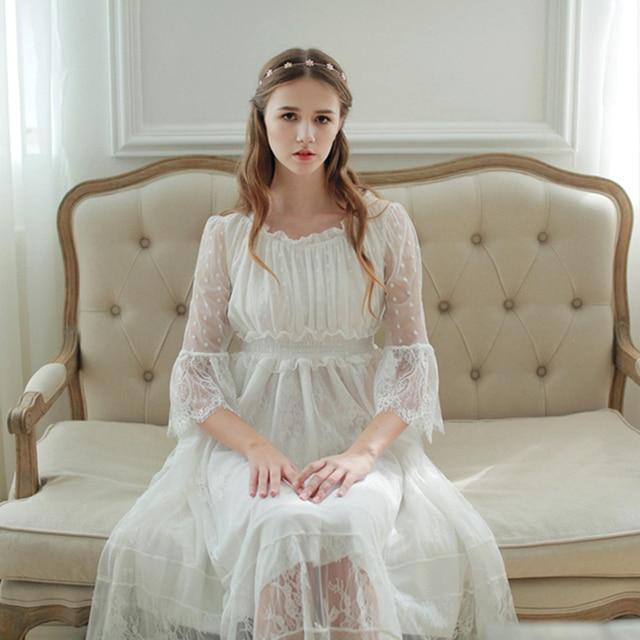 Mulheres Sleepwear Vestido Camisola de Renda Lindo Elegante Sleepwear Princesa Vestido Para As Mulheres Vestidos de Dama de Honra Do Laço de Alta Qualidade