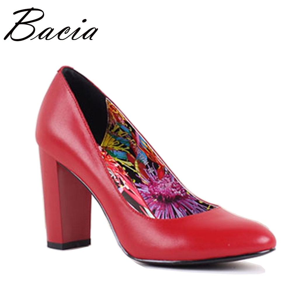 Bacia gamuza y piel de oveja tacones gruesos bombas de punta redonda - Zapatos de mujer