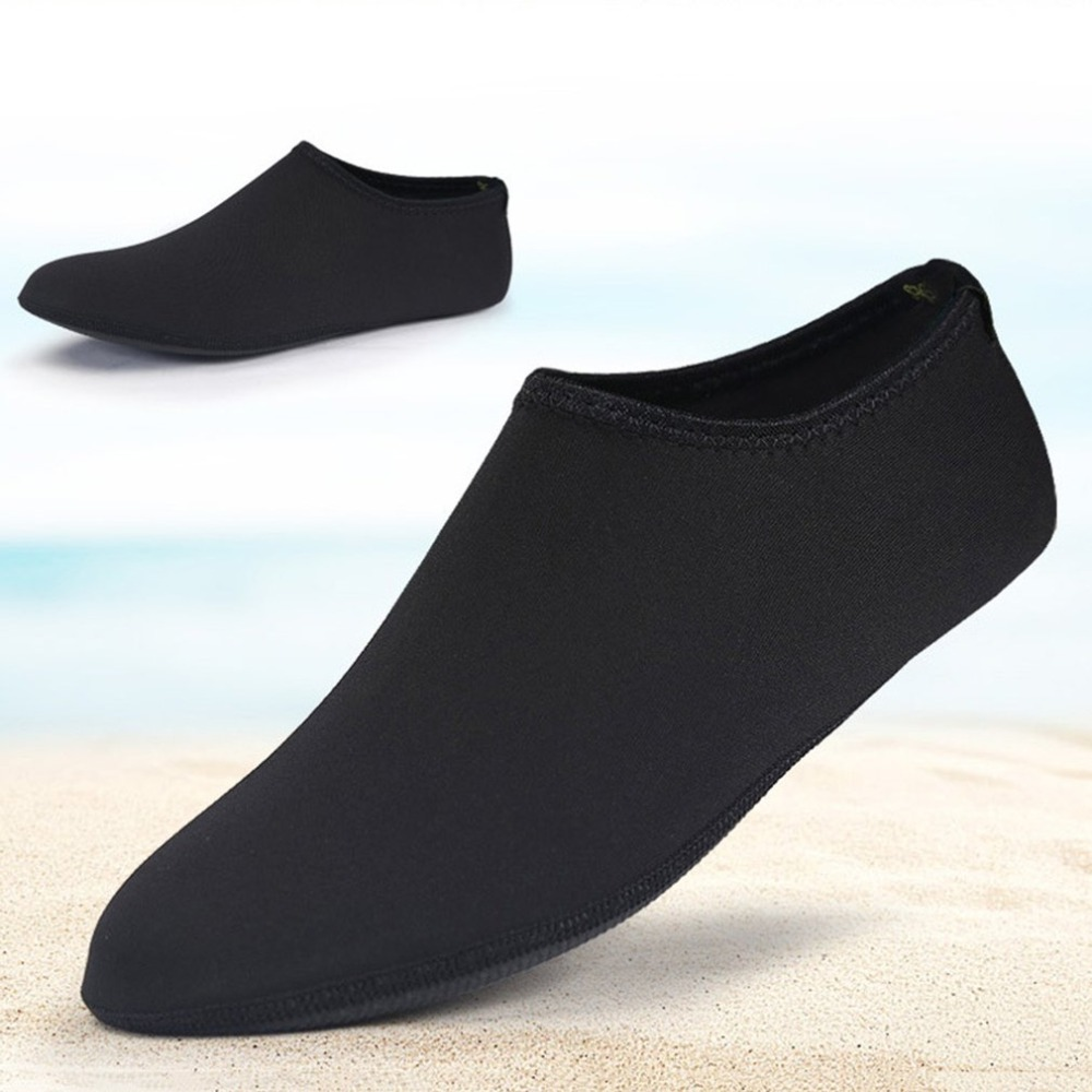 Men Women Aqua Shoes Anti Slip Beach Shoes Barefoot Skin Shoes Yoga Water Sport Socks Soft Seaside Wading Shoes Diving Socks