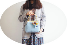 Angelatracy 2018 Classical Woollen Tassel Women Vintage Plaid Wristlets  Bamboo Frame Bags Antique Retro Shoulder Bag Crossbody