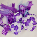 Artificial ramo de novia suministros OEM personalizada flor color de rosa de dama de honor nupcial cristalina del grano de la cinta de seda púrpura ramo de la boda