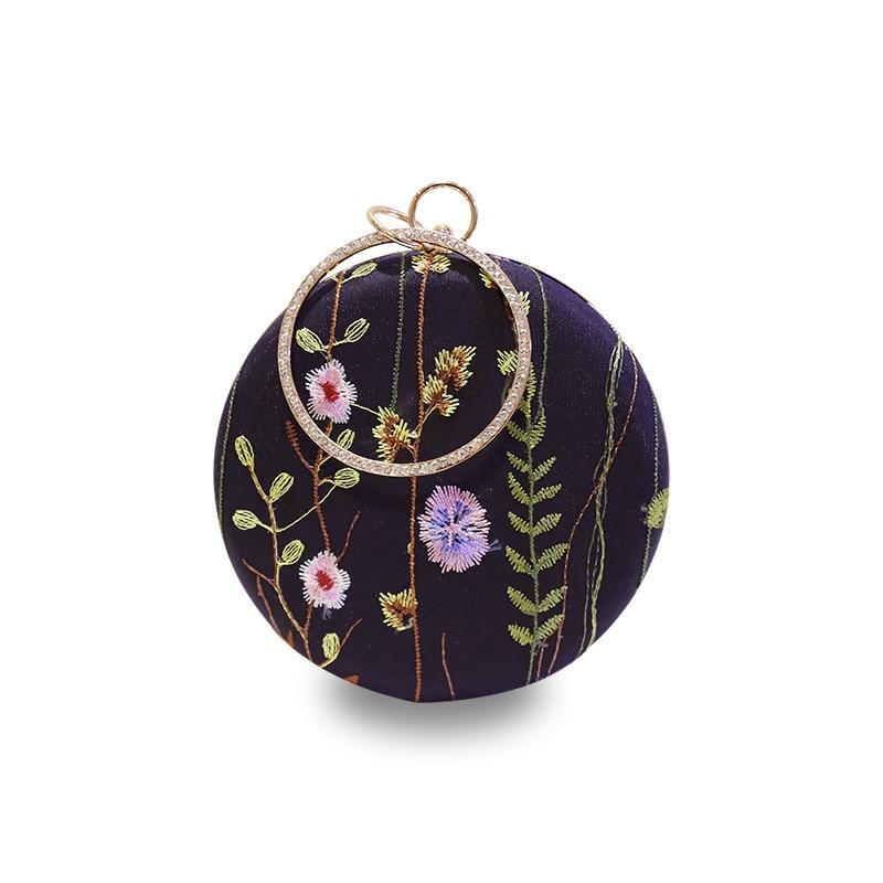 Fashion embroidery rose finger pattern box clutch bag casual ladies chain purse shoulder bag handbag female flap evening bagY100 flower embroidery flap chain bag