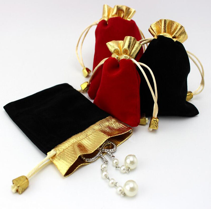 50 pcs/lot Three Size High Quality Black Velvet Drawstring Pouches Jewelry Gift Bag with string,Gold Trim velvet Packaging bags