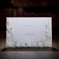 50 adet/paket Yeni Beyaz Hollow Çiçek Avrupa Tarzı Düğün Davetiyeleri Parti Dekorasyon Kart Businesss Doğum Günü Davetiye