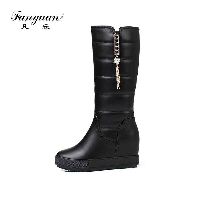 Fanyuan 2019 nouveau PU cuir bout rond moto bottes style hiver garder au chaud loisirs gland métal décoration bottes de neige L86