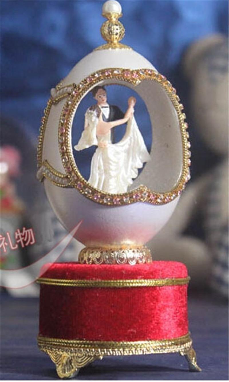 Oeuf sculpture chariot boîte à musique mariage boutique créative couples mariés saint valentin cadeau pour envoyer des amis hommes et femmes