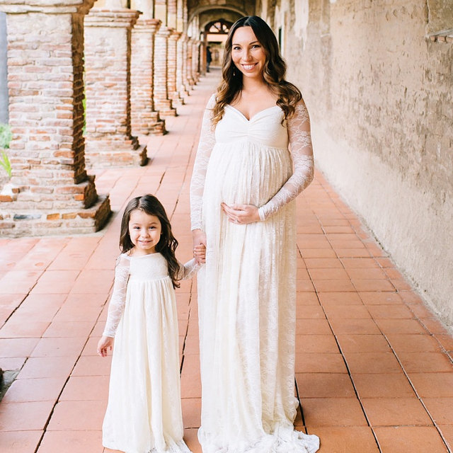 2018 Sexy Maternity Photography Props Maternity Dresses Lace Women Pregnancy Dress For Photo Shooting Long Sleeve Maternity Gown