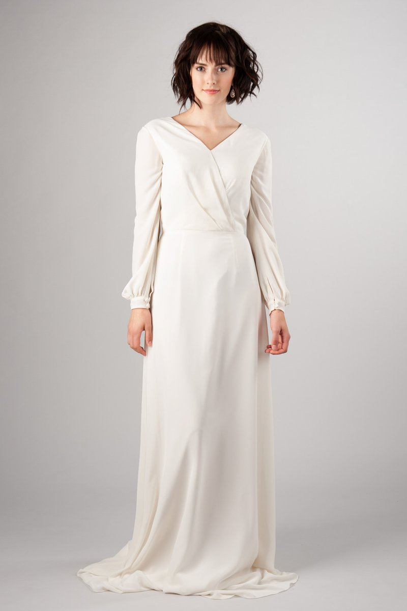 2019 New A-line Chiffon Modest Wedding Dresses With Long Sleeves Simple Elegant Women Boho Informal Modest Bridal Gowns