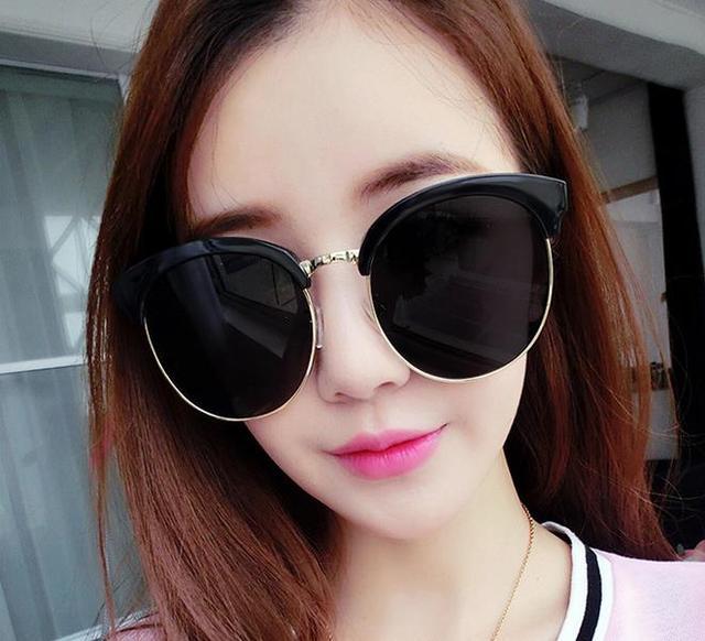 62f5a00a233b0 The new 2017 vintage big frame sunglasses Han edition fashion sunglasses  dazzle colour reflective sunglasses glasses