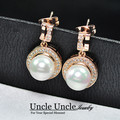 New Arrival!Gold Plated Shell Round Pearl Element Rhinestones Micro Setting Luxury Lady Earring Wholesale