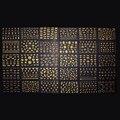 Decoraciones del Arte del clavo 30 unids/lote Diferentes 3D Etiquetas Engomadas Del Arte Del Clavo Que Estampa Las Placas de Uñas de Dibujos Animados de Plata de Oro