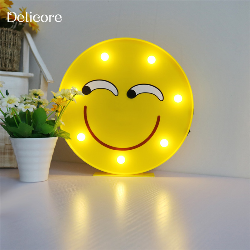 DELICORE Comical Face Emoji LED Lamp Wall Hanging or Desk Standing ...