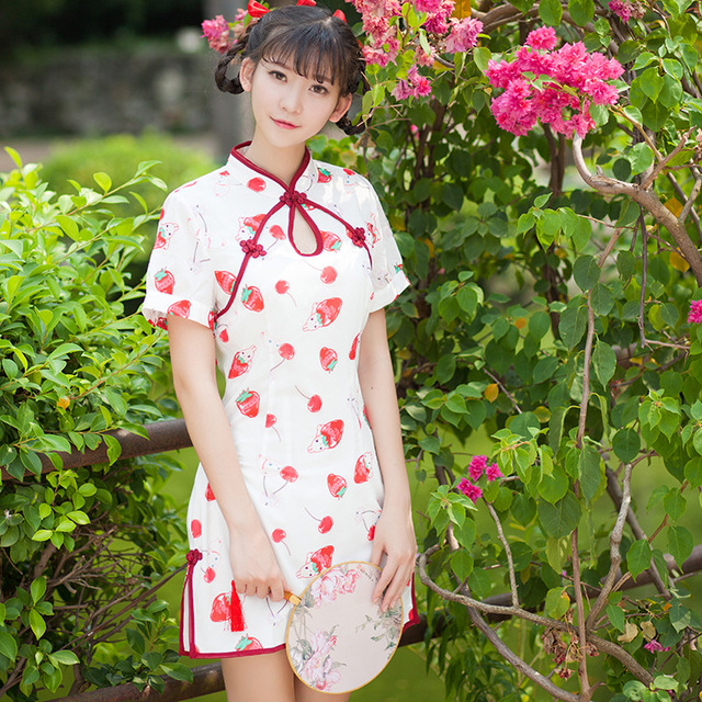 f4d065d6c579 Summer new Chinese Hot sale Fashion red strawberry print Cheongsams Sweet  Cute Women Young Girls Slim short-sleeve Qipao dress